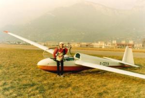 posé - 3-1988