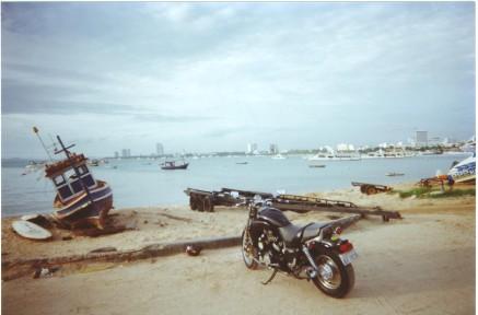 Vmax-2000-Pattaya, Fishermen Harbour