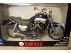 [X] NewRay 1-12 Vmax model-blue boxed