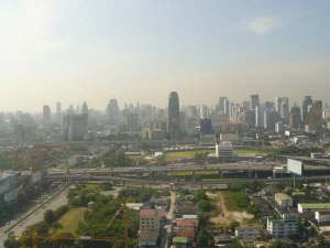 Bangkok-skyline (MB)
