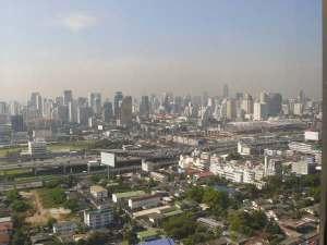 Bangkok-skyline SW (MB)