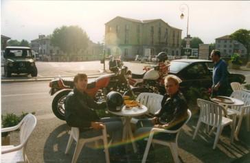 en route vers le Sud avec Loïc - Sisteron - 9-1987