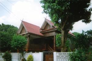 Lampang maison traditionnelle 2000